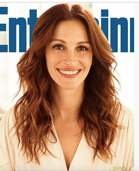 Julia Roberts long hair