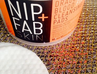 Nip+Fab-Dragon's-Blood-Fix-Cleansing-Pads