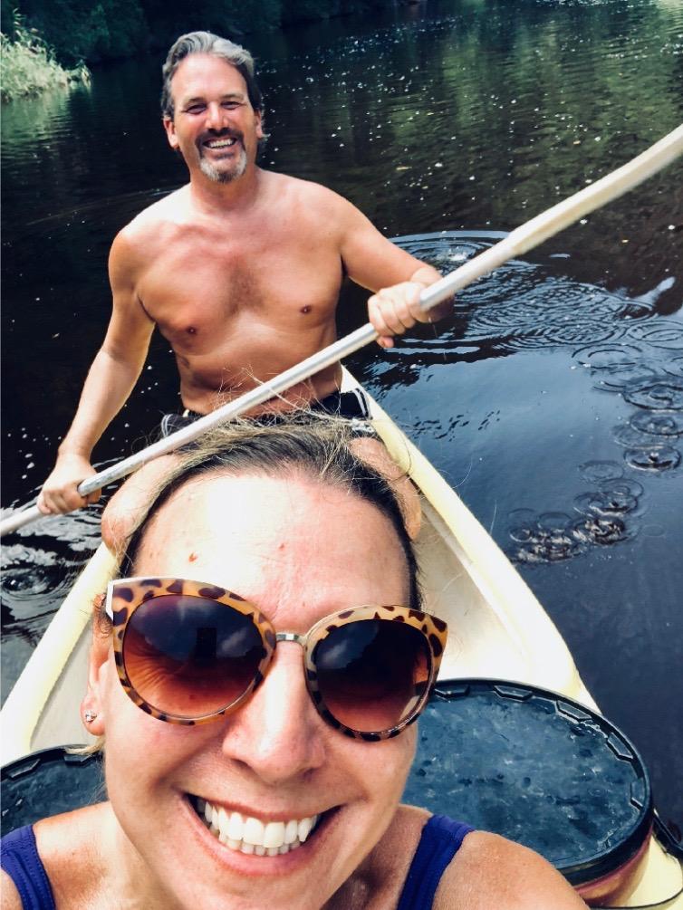 Couple_Canoeing