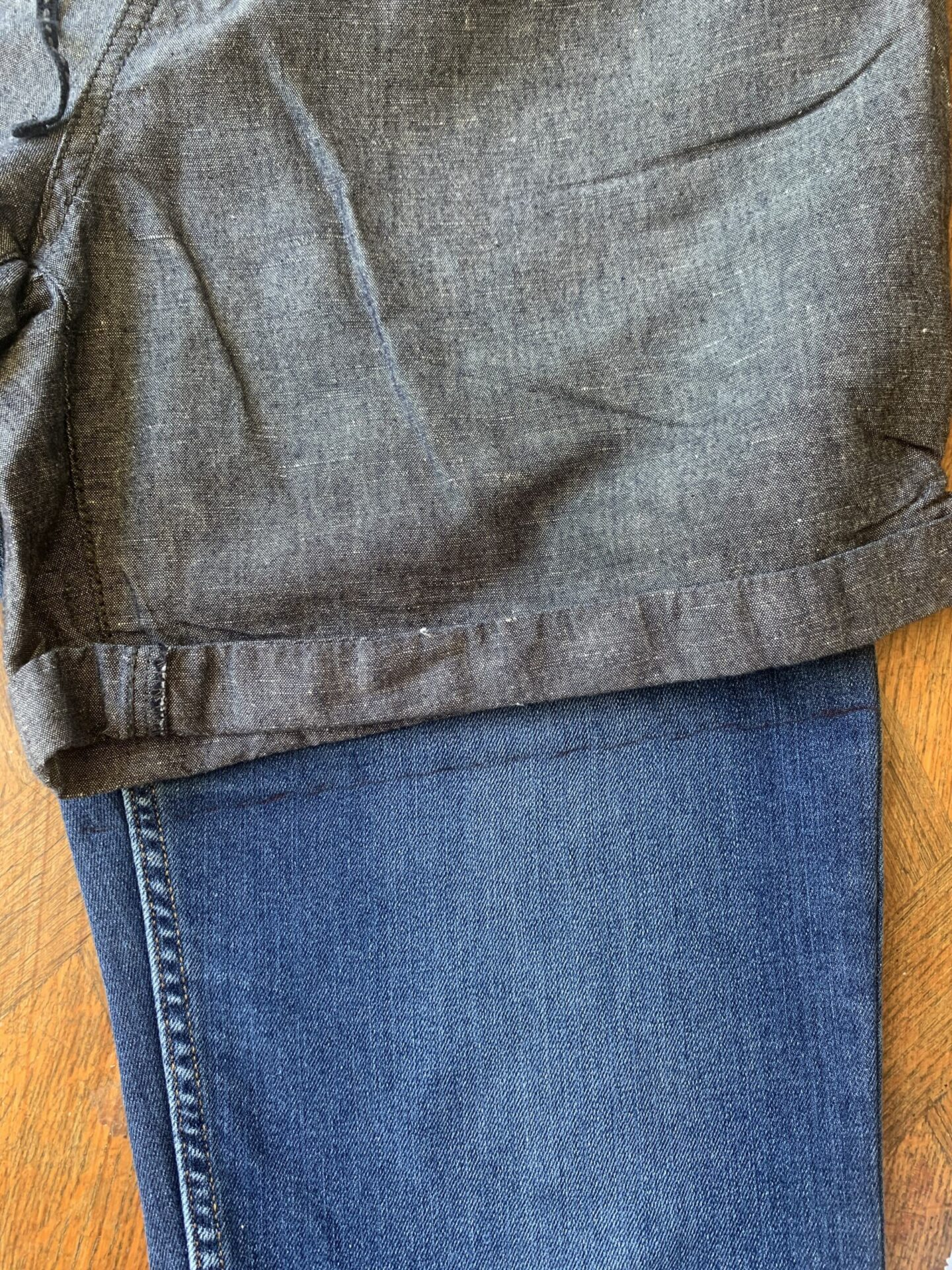 Cutting_jeans_into_shorts