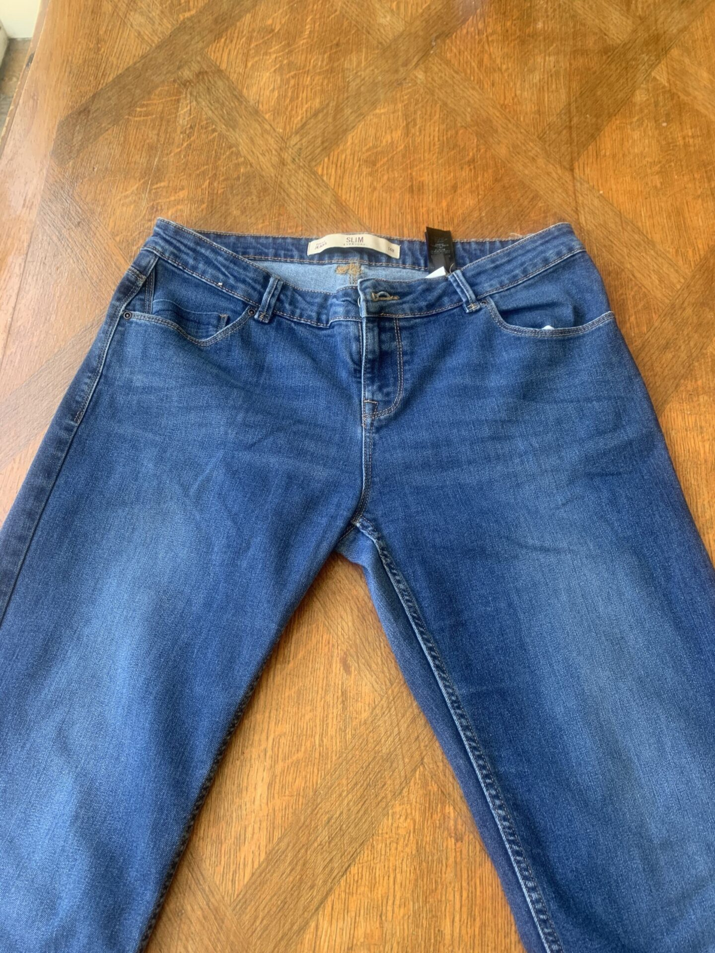 pair_of_jeans